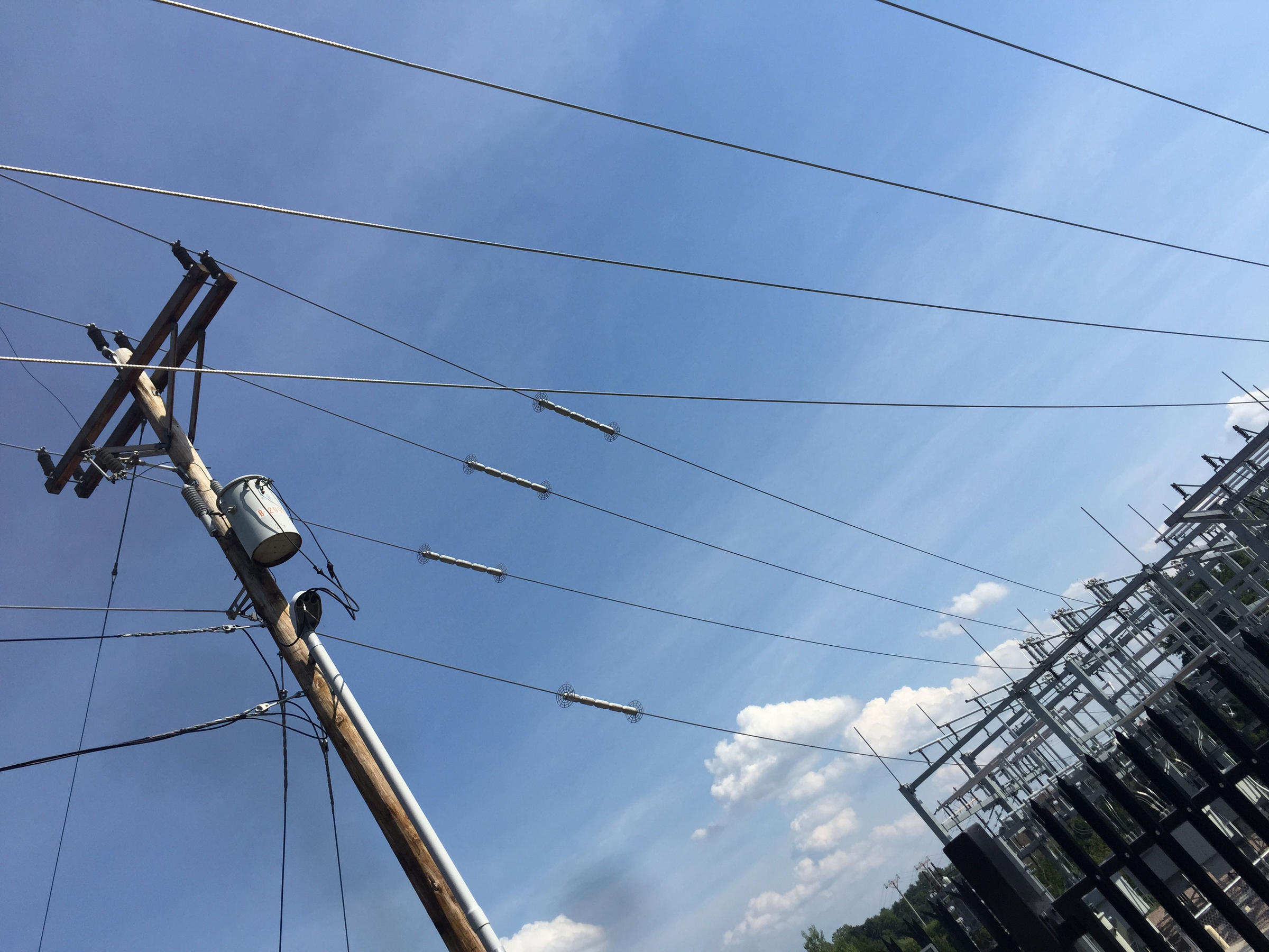 powerlines-vpr-masterson-20160819-no-logo
