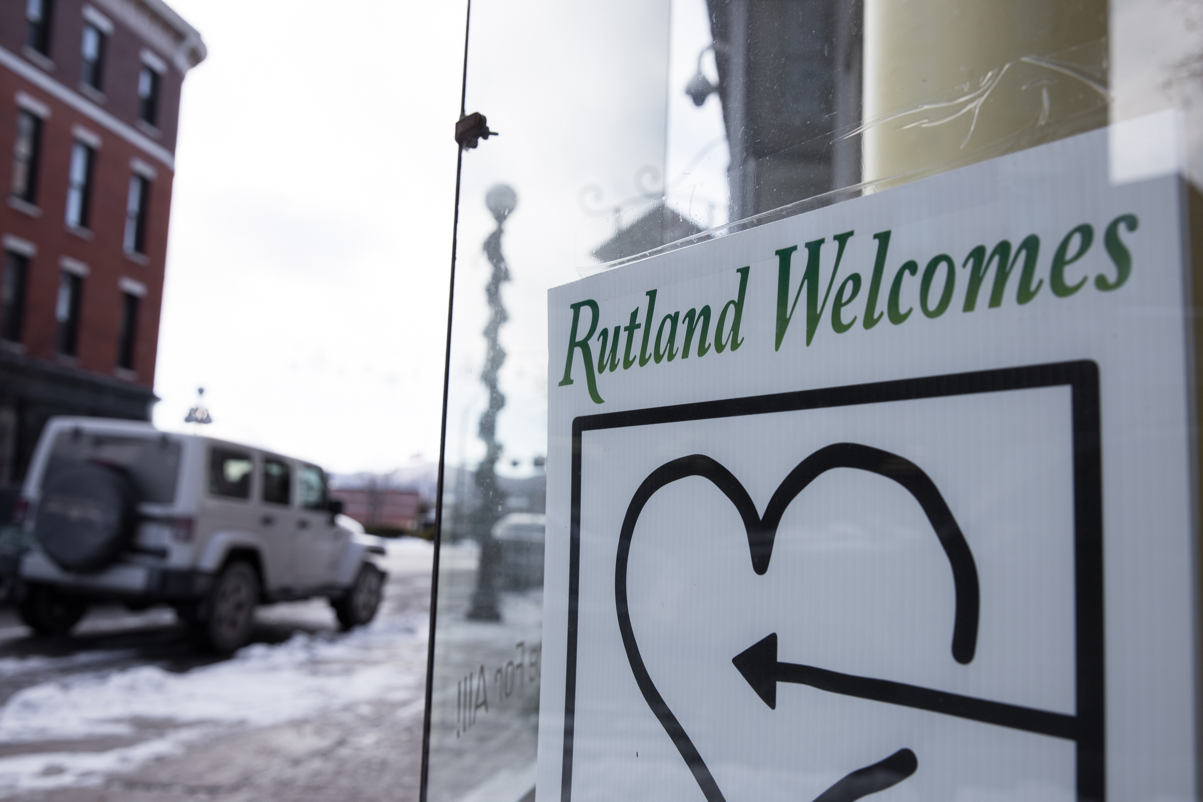 downtown rutland welcome sign-1