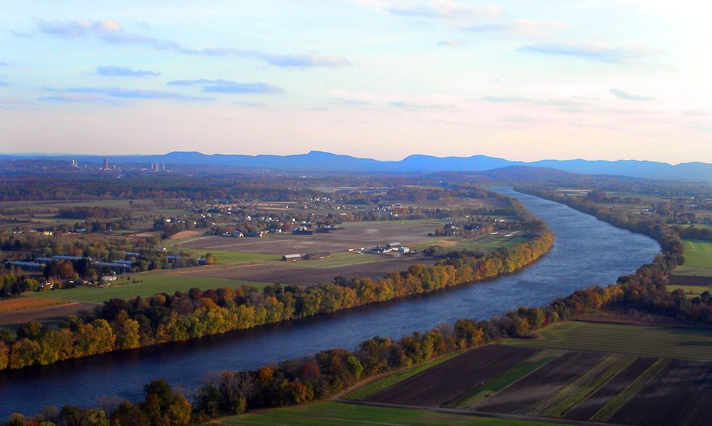 The Connecticut River from Mt. Sugarloaf. Photo by Ben Byrne / Creative Commons