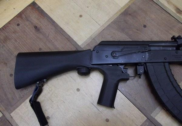 slide_fire_solutions_slidefire_stock_on_a_gp_wasr-10_ak-47__no_watermark_