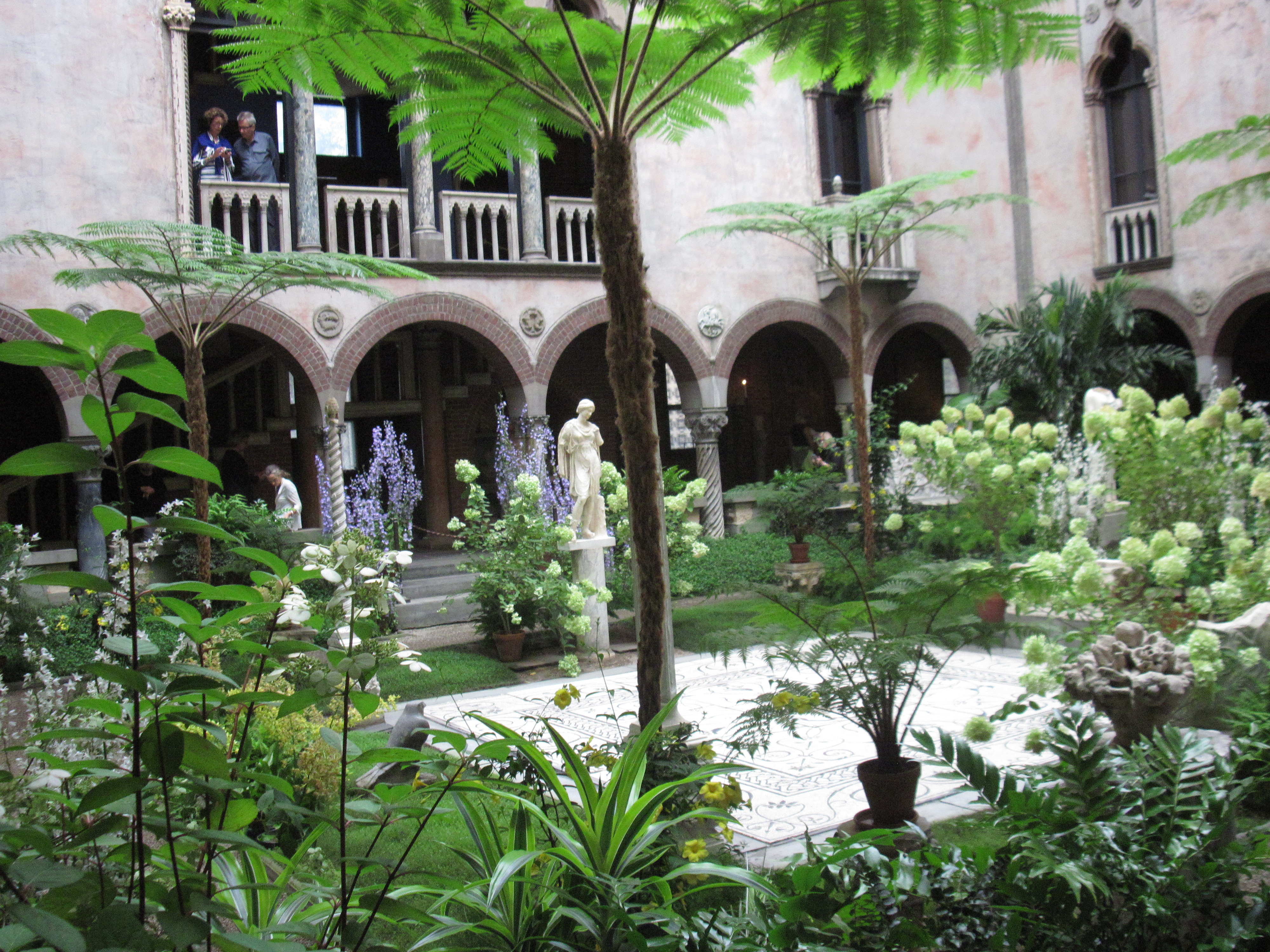 The courtyard of the Isabella Stewart Gardner Museum. Photo by Felibrilu, Flickr, Creative Commons