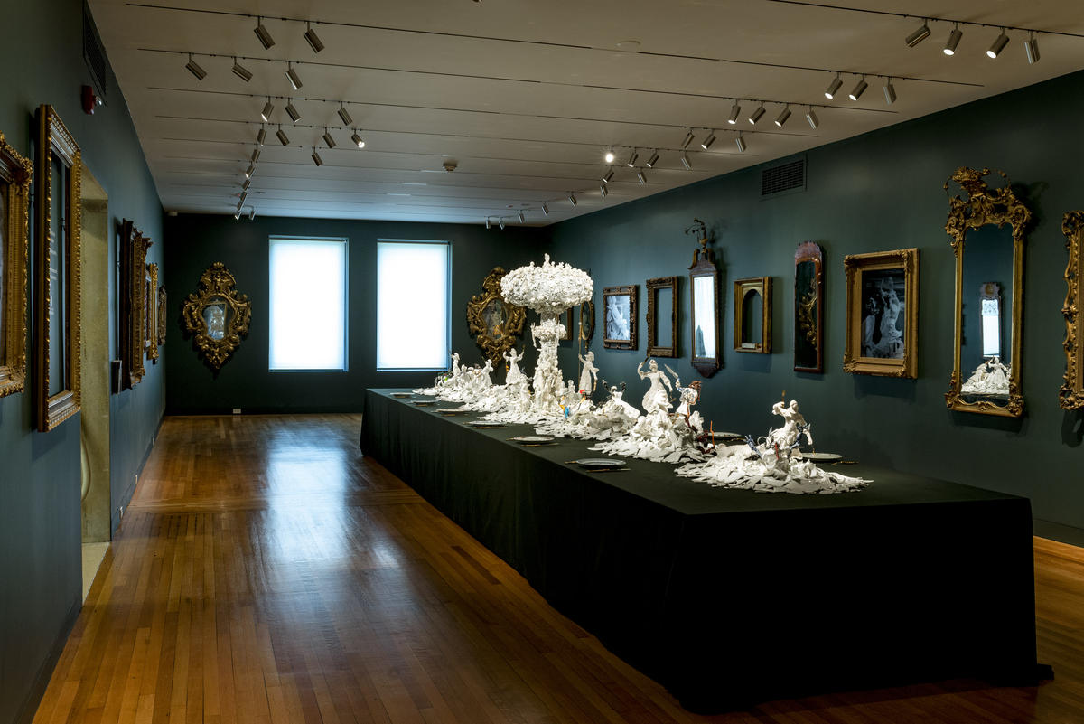 Bouke de Vries, War and Pieces, 2012 (installation view). 18th-, 19th-, and 20thcentury porcelain, plastic, sprayed plaster, acrylic, steel, aluminum, gilded brass, and mixed media. Photo courtesy of Wadsworth Atheneum Museum of Art.
