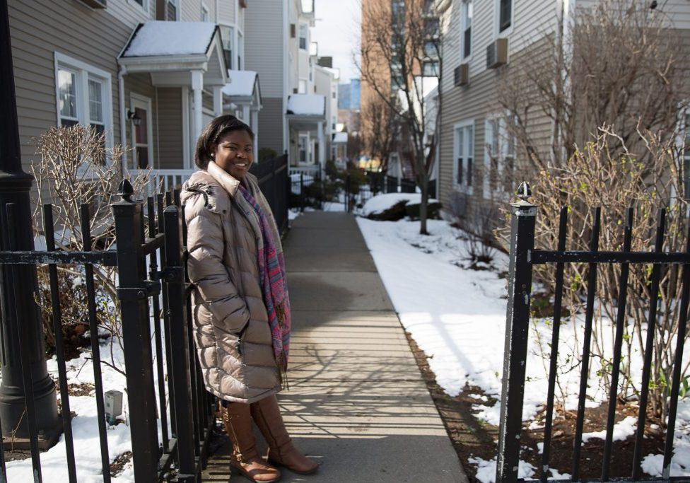 Kianna Thompson outside her apartment in Stamford, Connecticut. Photo by Ryan Caron King for NENC